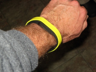 Yellow gel band over the Fitbit Flex band