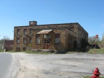 "Old abandoned milk plant in Evans Mills, more pics on my <a href=""http://oabonny.com/indexpage7.htm#r3"">OABONNY website</a>"